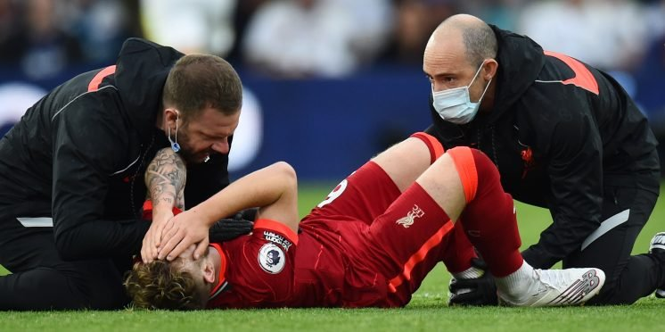 liverpool-youngster-harvey-elliott-horror-injury