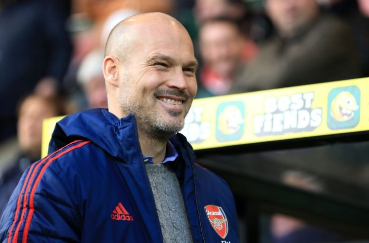 Arsenal boss Freddie Ljungberg plans Nicolas Pepe talks after disappointing start