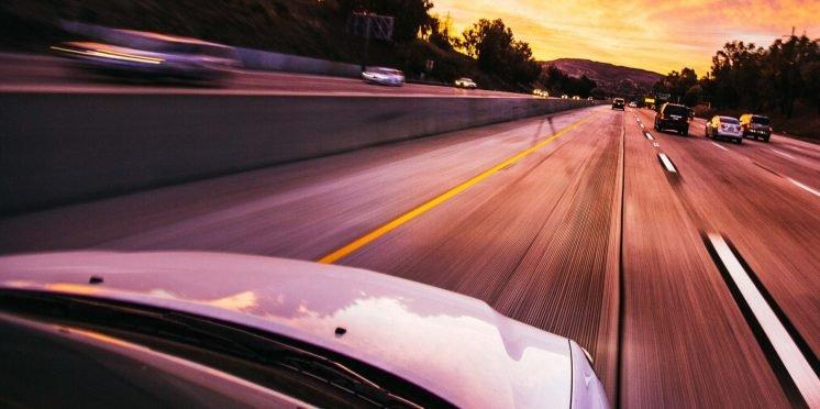 Motorway driving - Taras Makarenko/Pexels