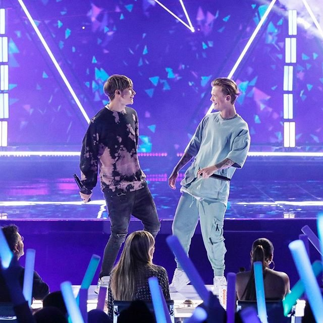 Instagram @barsandmelody